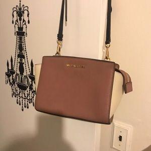 Two tone Michael kors purse.
